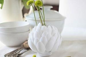 Handmade : cách làm hoa sen bằng thìa nhựa